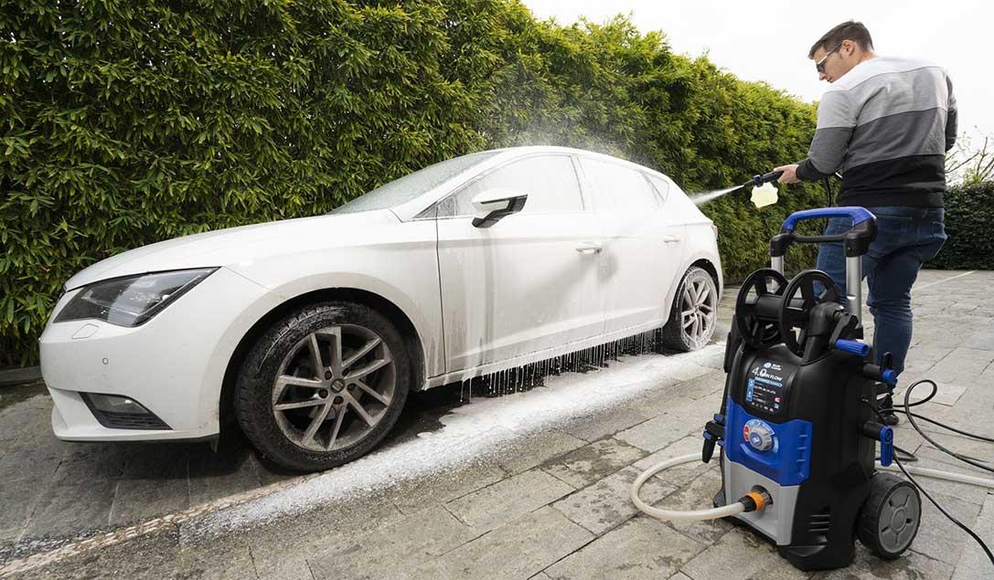 come lavare auto