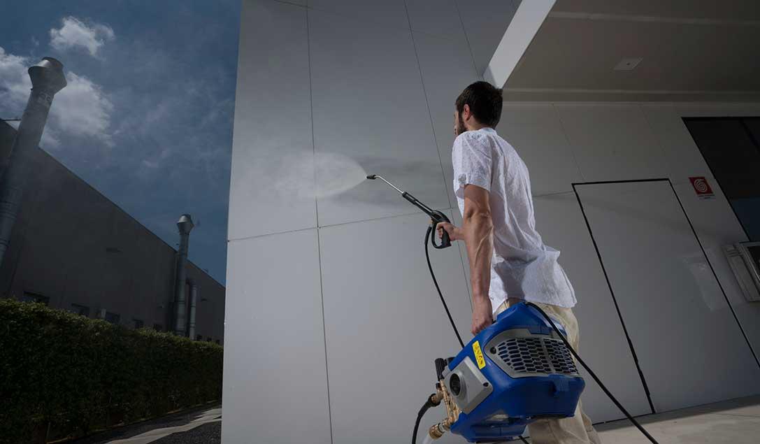 Pulire Le Pareti Di Casa.Come Pulire Un Muro In Pietra Ar Blue Clean