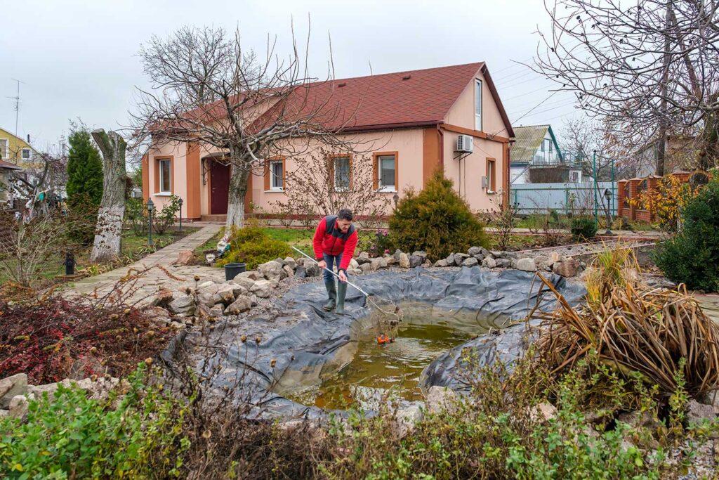 Creare e mantenere un laghetto artificiale ar blue clean for Vasca pvc laghetto