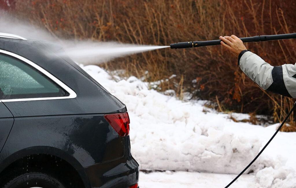 pulire-auto-inverno