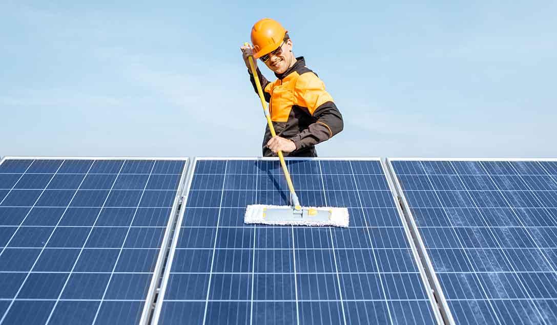pulizia fotovoltaici idropulitrice
