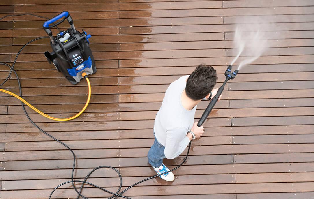 pulire pavimenti esterni