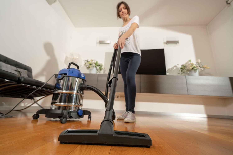 pulire tappeto aspiratore