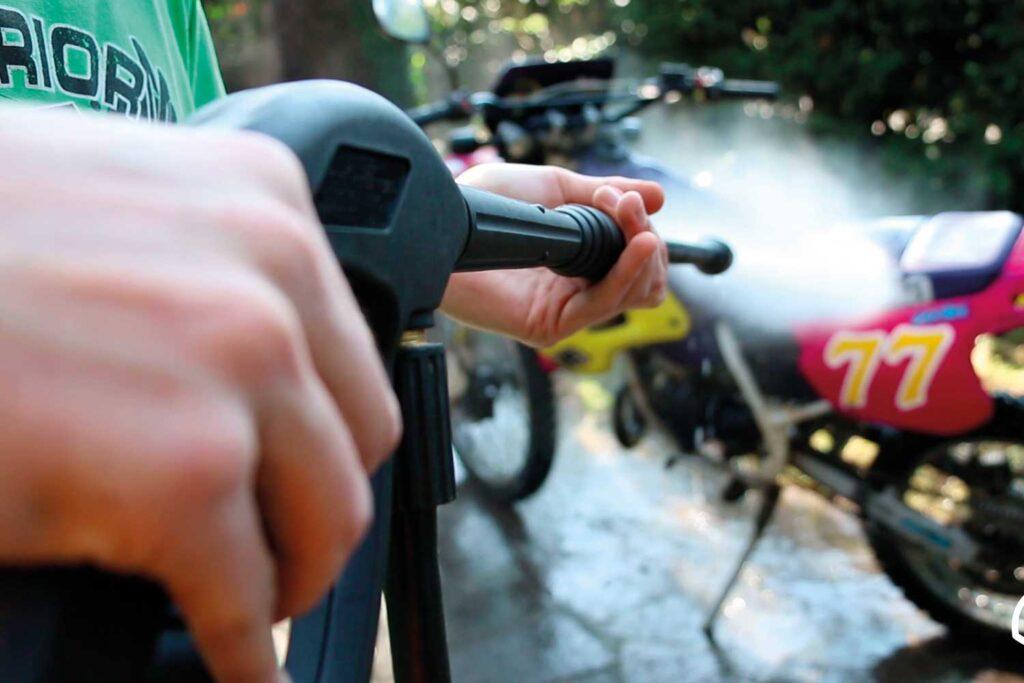 lavare-moto-idropulitrice