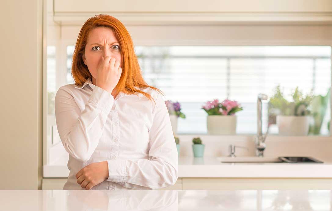 eliminare-odore-pattumiera-consigli